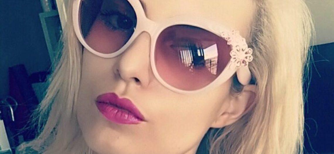Hija de Marcelo Ebrad está robando corazones en la web