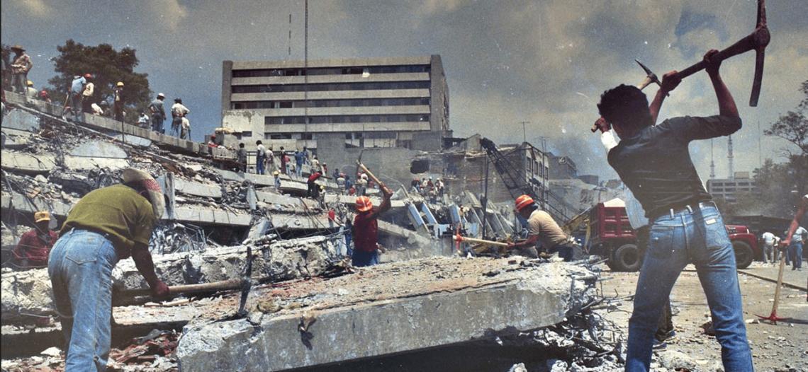 Encabeza EPN ceremonia para recordar a víctimas del sismo del 85