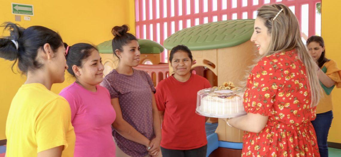 DIF Sonora celebra a mamás en albergue Tin Otoch