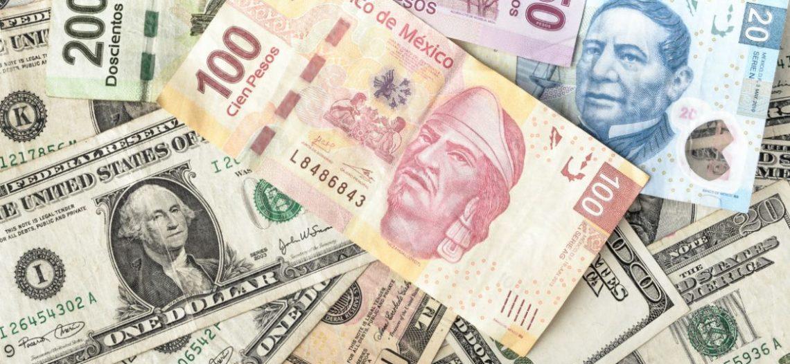 Dólar 'golpea' al peso tras anuncio de Trump contra México