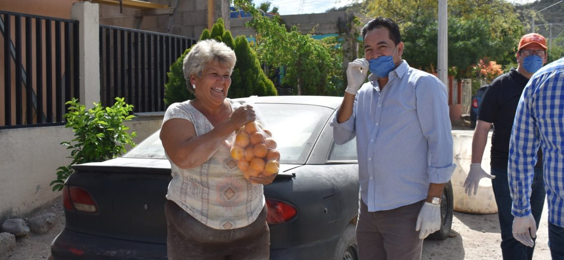 Continúa entrega de apoyos alimentarios a familias vulnerables de Hermosillo