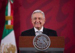 Presidente busca reanudar sus giras; pide permiso a Hacienda y Salud
