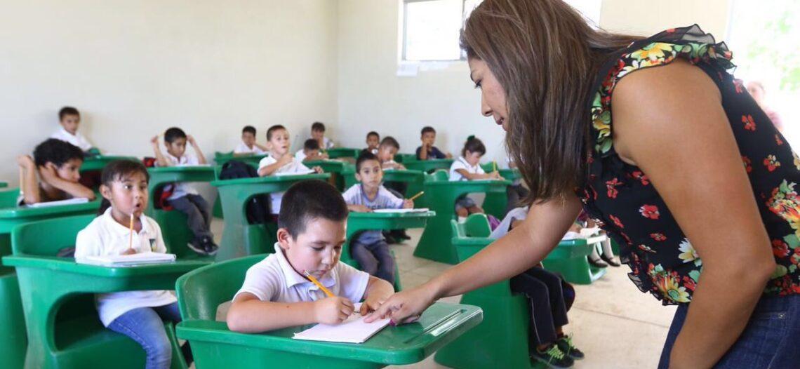 Proyecta ISIE construir cien aulas en 74 escuelas este año