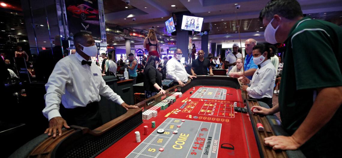Casinos de Las Vegas reabren tras once semanas cerrados por Covid-19