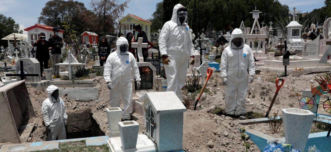 México, lugar 1 en muertes diarias; rebasa los mil fallecimientos en un día