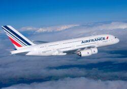 Air France planea recorte de personal por pandemia