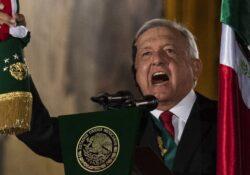 López Obrador da su segundo Grito de Independencia