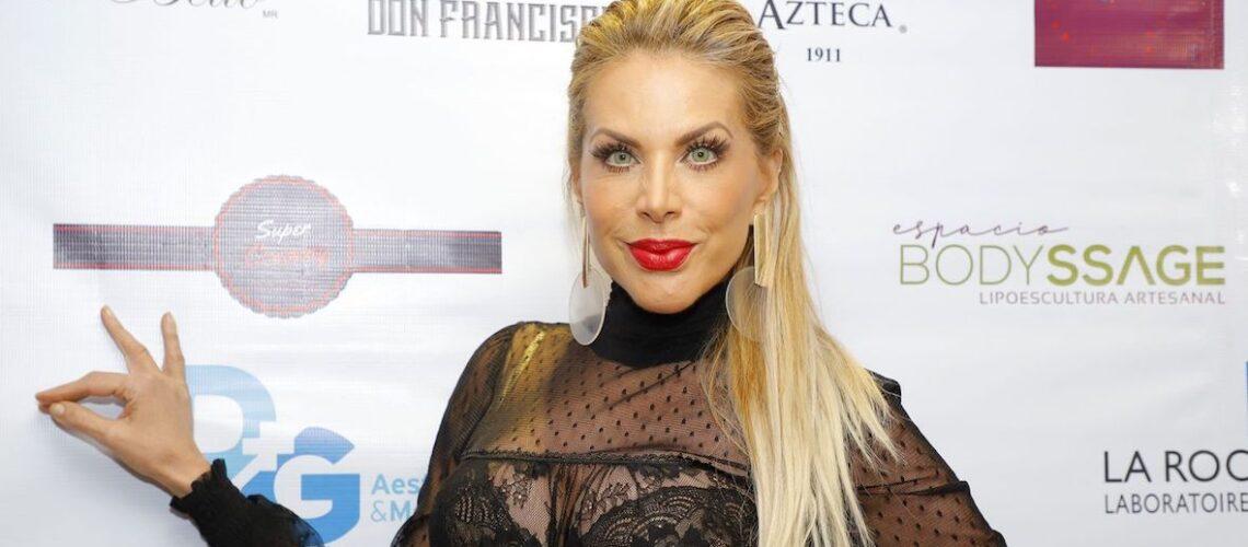 Lorena Herrera padece bronconeumonía