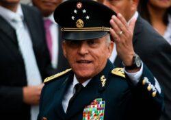 Retiran cargos de narcotráfico contra Salvador Cienfuegos en EU