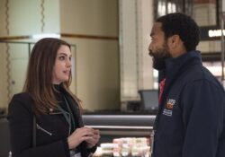 Anne Hathaway estrena comedia romántica ambientada en la pandemia