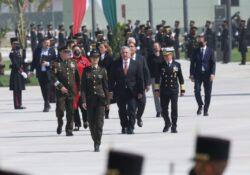 'Errores del Ejército, por gobiernos civiles'; presidente inaugura instalaciones en Santa Lucía