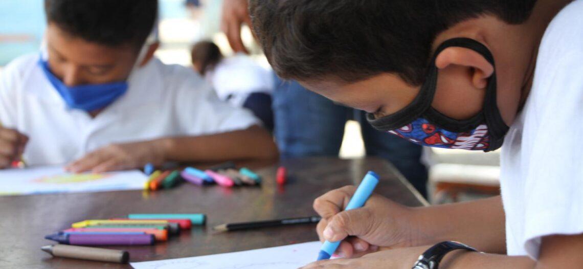 Nicaragua nunca paró clases presenciales; preocupan consecuencias covid