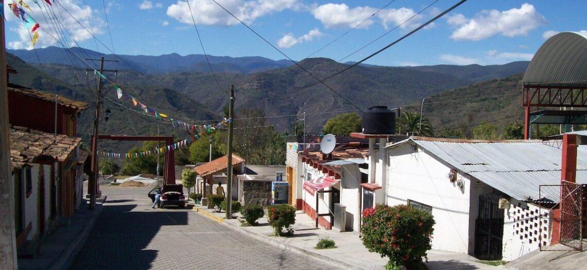 Construyen primera Gasolinera Bienestar en Oaxaca