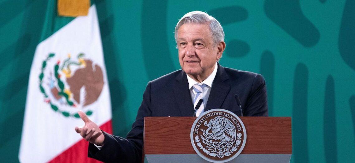 Faltan tres reformas para revertir saqueo: Andrés Manuel López Obrador