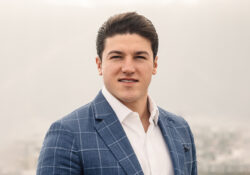 Pretende INE multa de 55 mdp contra Samuel García por historias de Instagram
