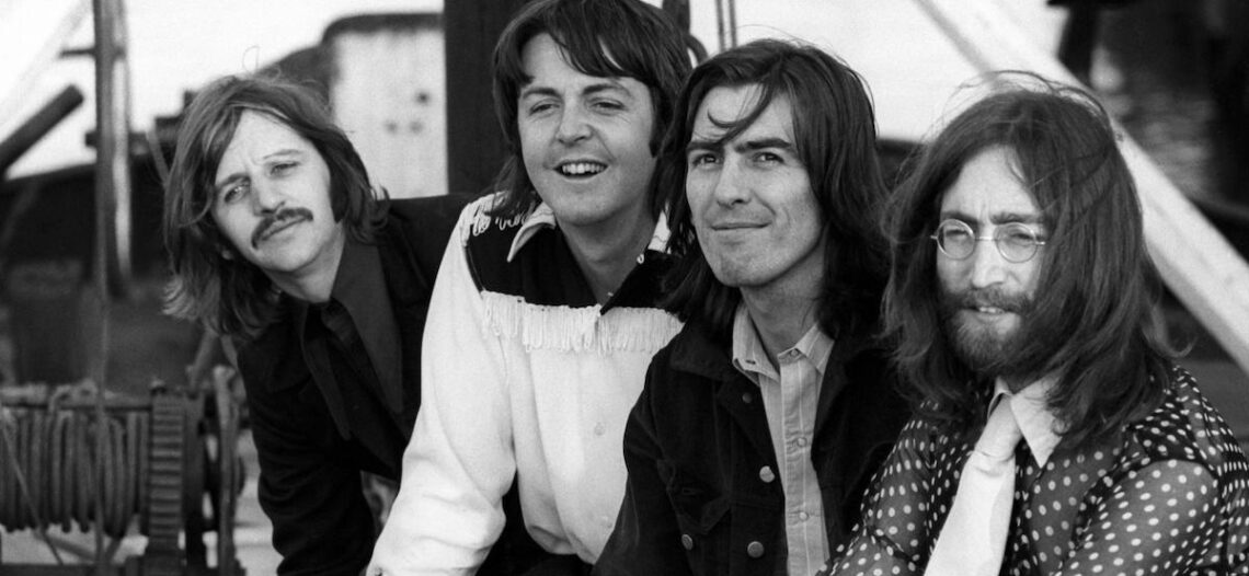Lennon fue responsable de separación de Beatles: Paul McCartney